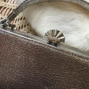 Urban Outfitters Bags - ✨90s Metallic Handbag✨
